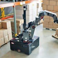 Робот-погрузчик фото