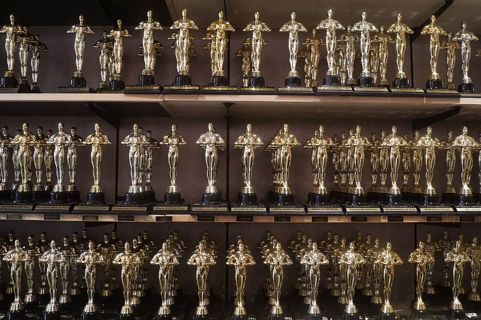 Статуэтки Оскара фото