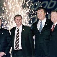 Виктор Янукович фото