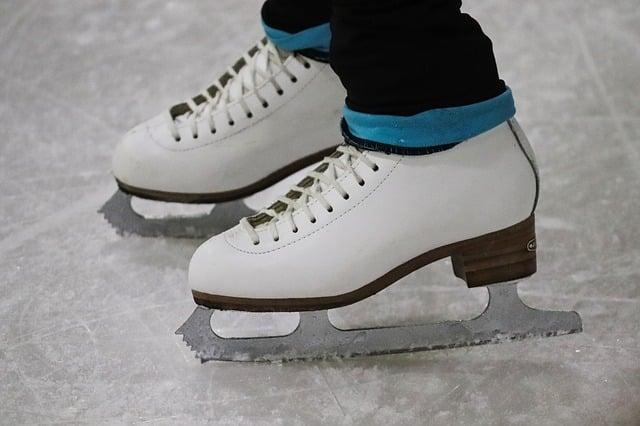 Фигурное катание коньки лед фото