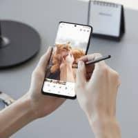 Samsung Galaxy S21 фото