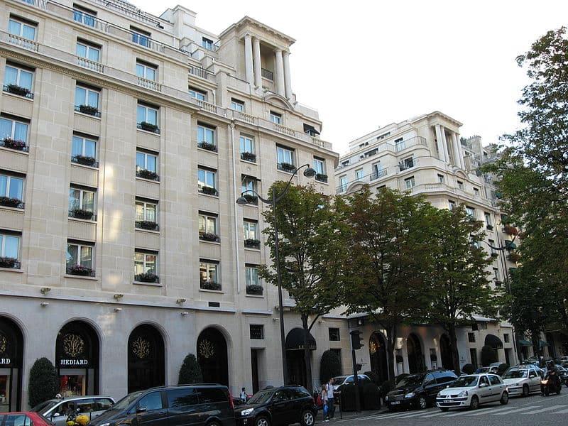 Отель George-V в Париже фото