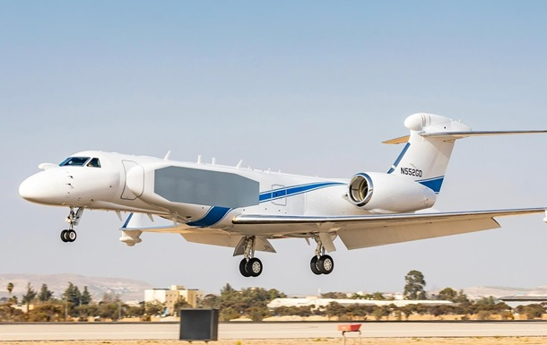 Самолет-разведчик Nachshon Oron фото