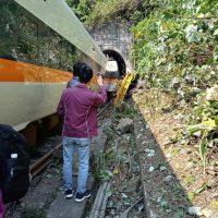 Железнодорожная авария на Тайване фото