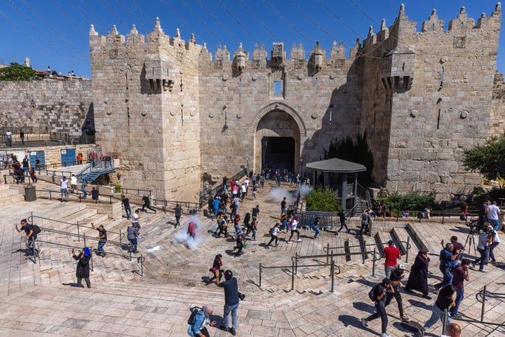 Дамасские ворота фото