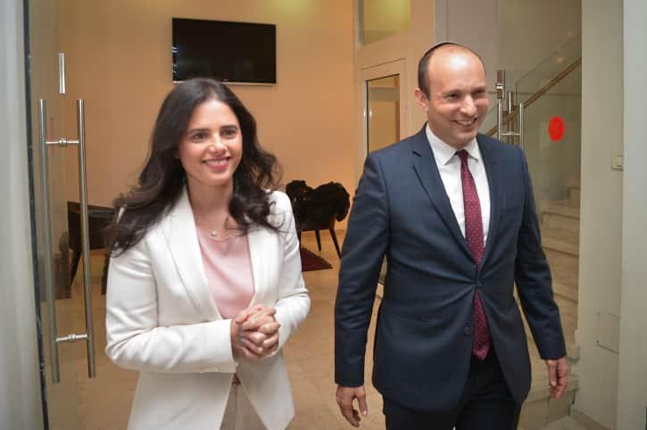 Айелет Шакед и Нафтали Беннет фото