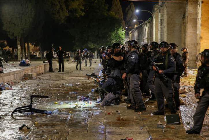 Столкновения в Иерусалиме фото
