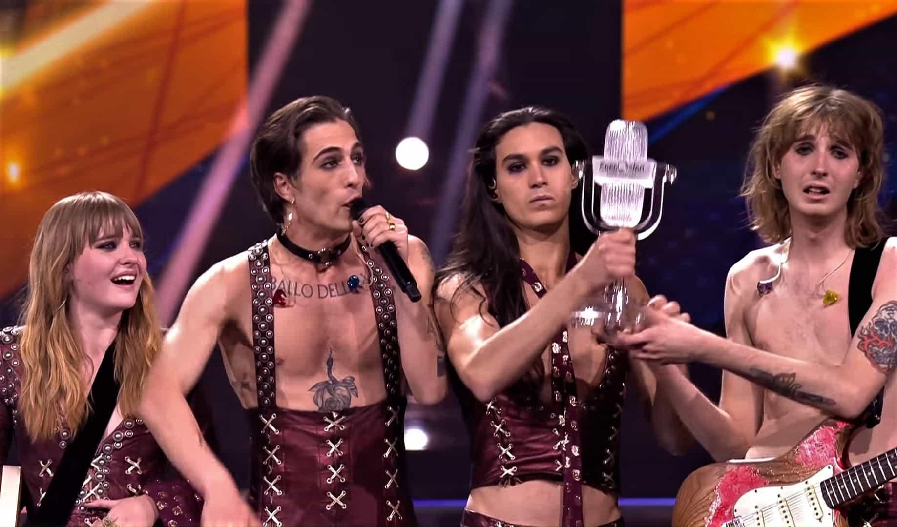 https://cursorinfo.co.il/wp-content/uploads/2021/05/Maneskin-Zitti-E-Buoni-Winners-Performance-Italy-Eurovision-2021-0-49-screenshot-1.jpg