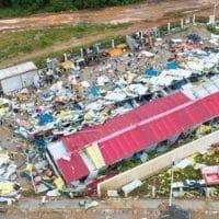 Последствия торнадо в Китае фото