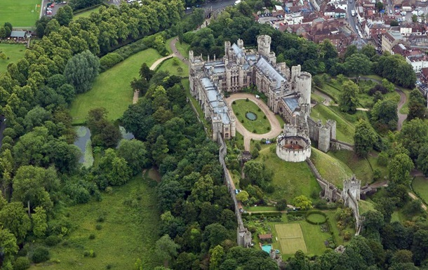 Замок Арундел фото