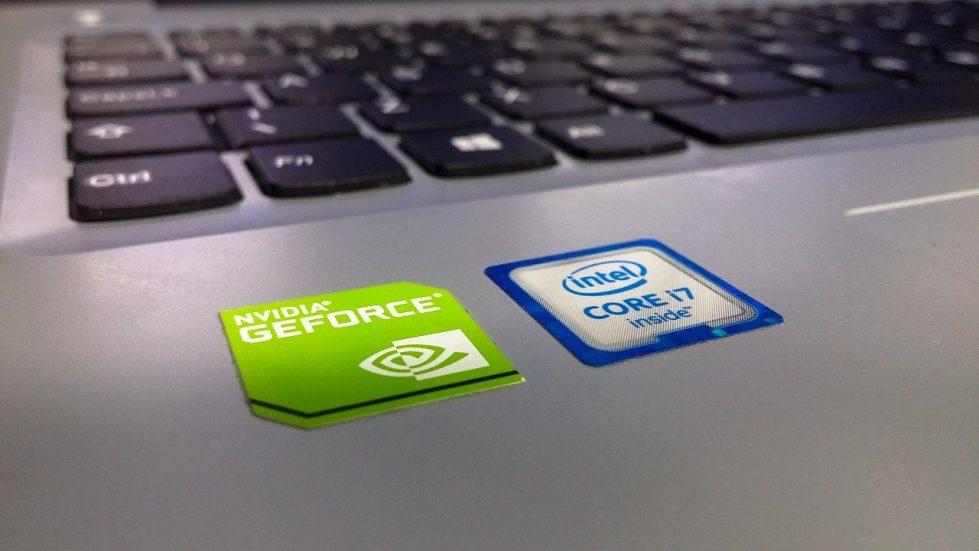 Компании NVidia и Intel фото