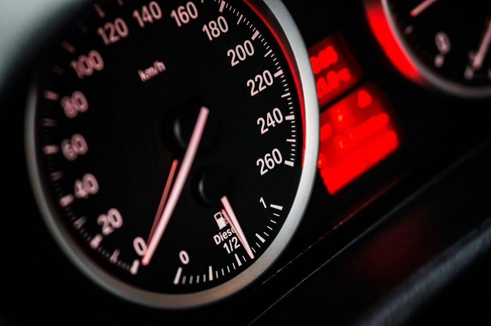 Спидометр скорость картинка