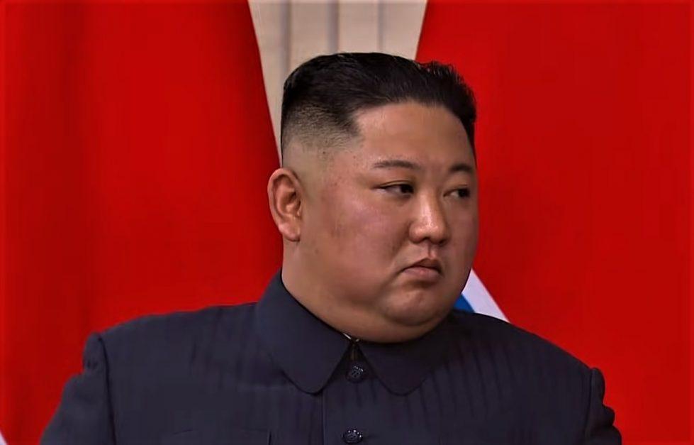 Ким Чен Ын фото