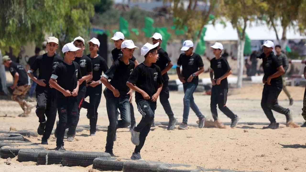 Детский военный лагерь ХАМАС фото