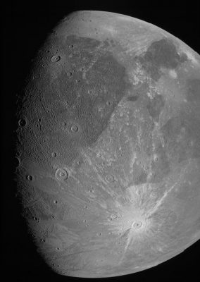 Спутник Юпитера Ганимед фото