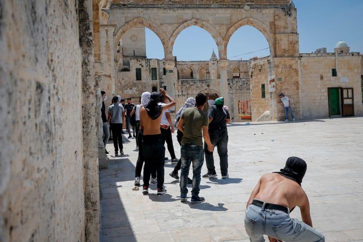 Столкновения на Храмовой горе фото