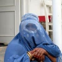 женщина Афганистан фото