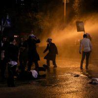 Столкновения ультраортодоксов с полицией фото