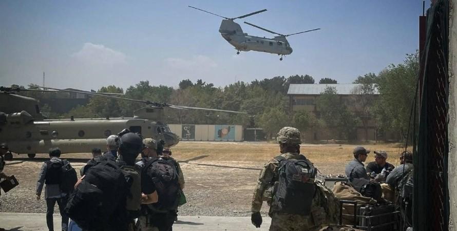 Эвакуация дипломатов США из Кабула фото