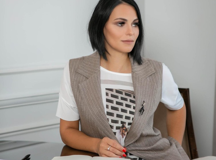 адвокат Олеся Мошкович фото