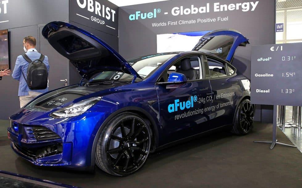 Tesla Model Y фото