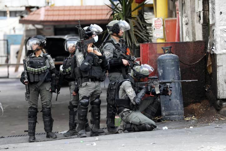 ЦАХАЛ и протесты палестинцев фото