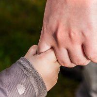 Ребенок рука фото