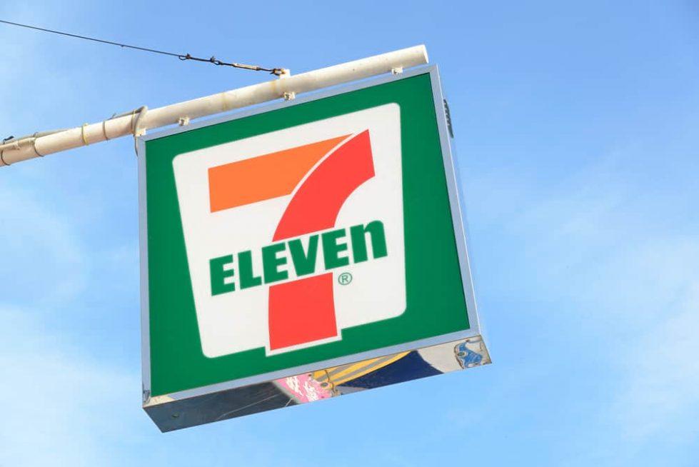 7-eleven магазин вывеска фото