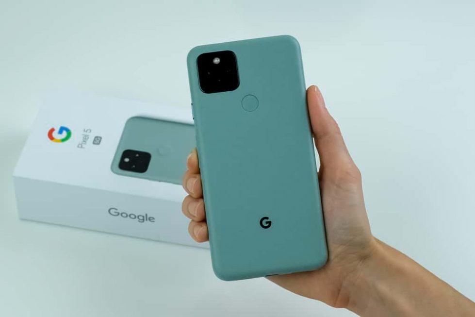 Google Pixel 5 смартфон фото