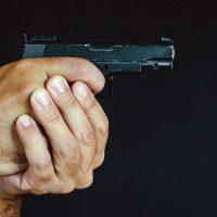 оружие стрельба пистолет фото